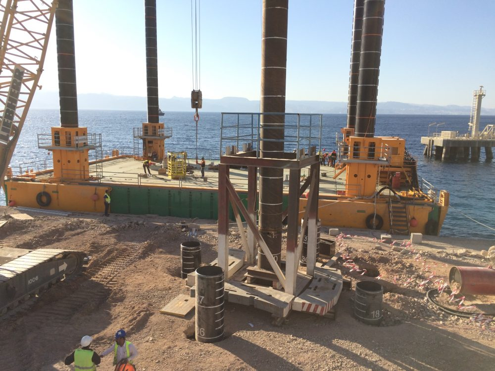 Onshore pile dynamic test